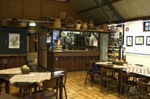 Bar en streekproducten (foto Cees Gielis)